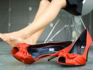 Красоту женских ног сбережем от заболеваний вен