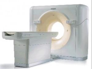 Сотрудницу подмосковного Минздрава уличили в растрате при покупке томографов