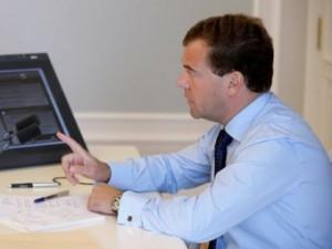 Медведев запретил разглашать результаты клинических испытаний