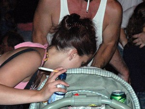 Пассивное курение вредит детям больше