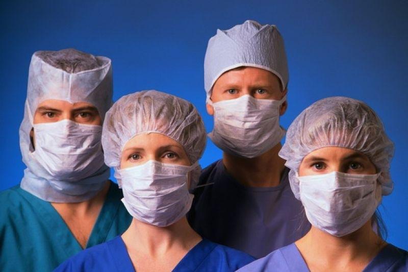 Эксперты против ограничения общения врачей и медпредставителей