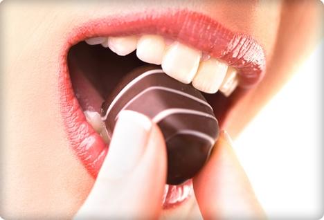 Черный шоколад препятствует образованию тромбов
