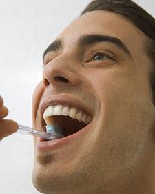Чистить зубы полездно для сердца