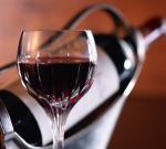 Красное вино защитит мозг при инсульте