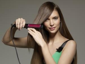 Полезно ли выпрямлять волосы