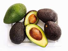 Авокадо, банан, клубника помогут активизировать работу мозга