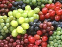 При гипертонии поможет виноград
