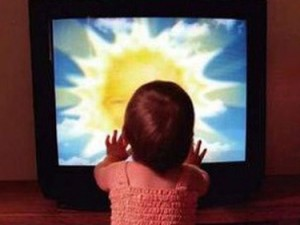 За и против. Полезен ли для ребёнка просмотр телевизора