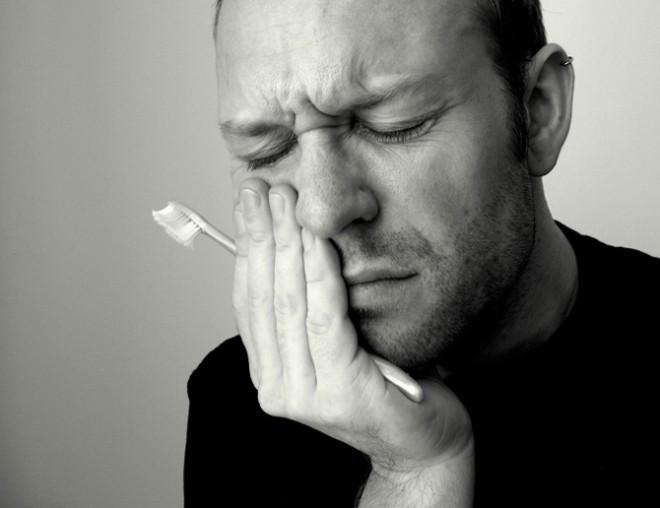 Как устранить зубную боль