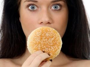 Спешка в еде может привести к возникновению диабета