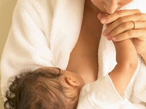 Женщины, кормившие грудью, подвержены меньшему риску развития артериальной гипертензии