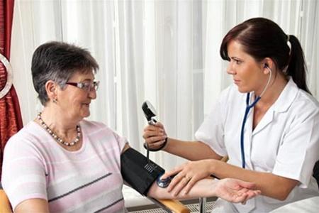 Снизить давление на длительное время поможет новая операция