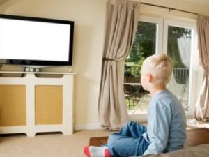 Как телевизор воздействует на здоровье вашего ребенка?