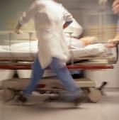 Клопидогрел не следует добавлять к аспирину при профилактике инсульта