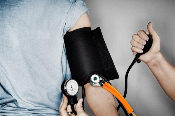 Смертность от рака простаты увеличивают лишний вес и гипертония