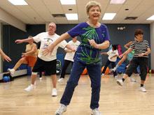 Аэробные нагрузки в пожилом возрасте сохраняют объем мозга