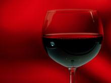 Ученые выяснили, почему вино, на самом деле, снижает уровень холестерина