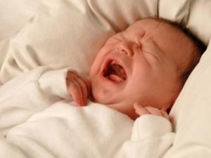 Детские колики повышают вероятность мигрени во взрослом возрасте