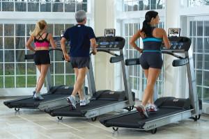 Ходьба на домашней беговой дорожке помогает при заболеваниях периферических артерий