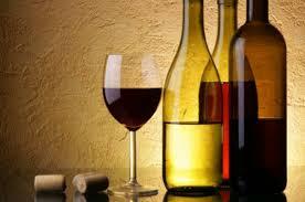 Употребление умеренного количества алкоголя снижает риск развития сердечно-сосудистых заболеваний