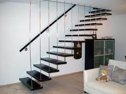 Монтажное бюро: устанавливаем лестницу