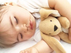 Ученые-педиатры установили аппетит связан с длительностью сна ребенка