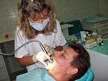 Медики не рекомендуют лечить зубы перед проведением операций на сердце