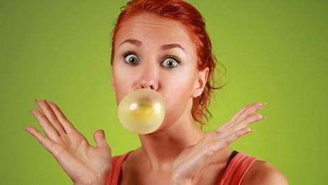 Жевательная резинка способна вызывать мигрень