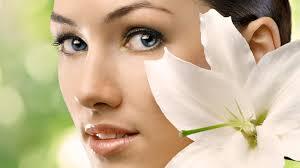Как сохранить кожу молодой: советы для женщин