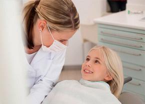 Нужно ли заниматься лечением молочных зубиков наших малышей?