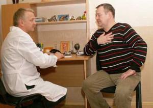Связаны ли остеохондроз и боль в сердце?