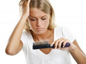 Выпадение волос: основные причины и предотвращение