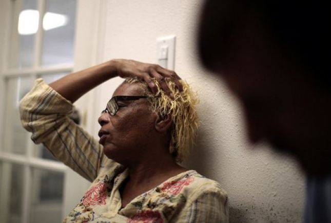 Те, кто мало зарабатывает, чаще страдают от головной боли — исследование