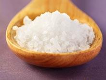 Рацион, богатый солеными продуктами, может вызывать головные боли