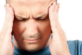 Почему у человека появляется мигрень