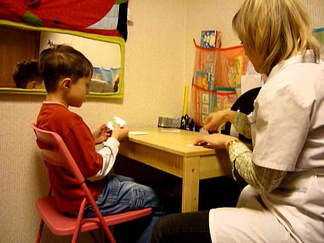 Моторная алалия: почему малыш не говорит?