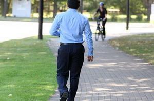 Короткие прогулки полезны для сосудов, показал эксперимент