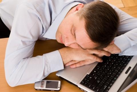 Регулярный недосып увеличивает риск инсульта