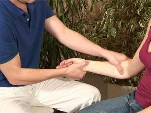 Онемение рук и ног: причины онемения, лечение онемения