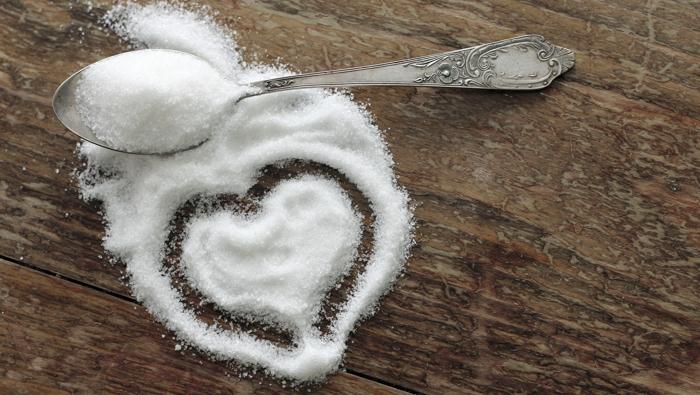 Сахар пагубно действует на середечно-сосудистую и имунную систему оганизма
