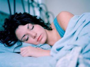 Как режим сна влияет на риск инсульта