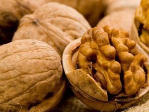 Орехи, лимоны и вино при брадикардии
