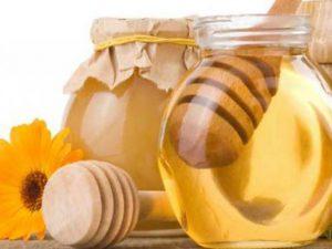 Может ли мед заменить сахар?
