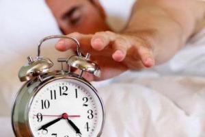 Недосыпание может привести к инсульту и ожирению – исследование