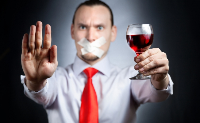 Постреабилитационный этап лечения алкоголизма и наркомании