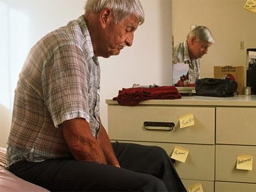 Пациенты с болезнью Альцгеймера хуже чувствуют боль
