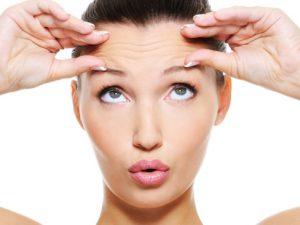 Инъекции для омоложения: профессиональная борьба с естественным старением