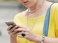 Смартфоны «разгружают» мозг, но ухудшают память