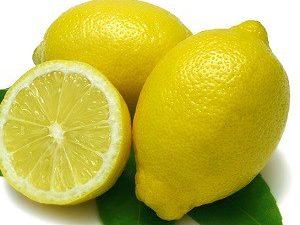 Лимон, орех и смородина для укрепления сосудов