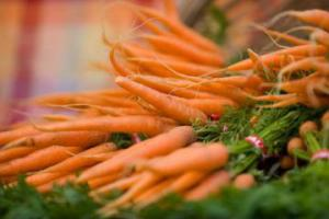 Названы овощи, предотвращающие развитие деменции